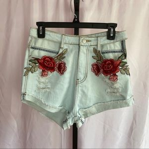 Rehab Denim Floral Patch Shorts, size Medium
